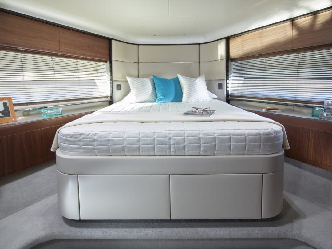 75-motor-yacht-interior-forward-cabin-american-walnut-satin