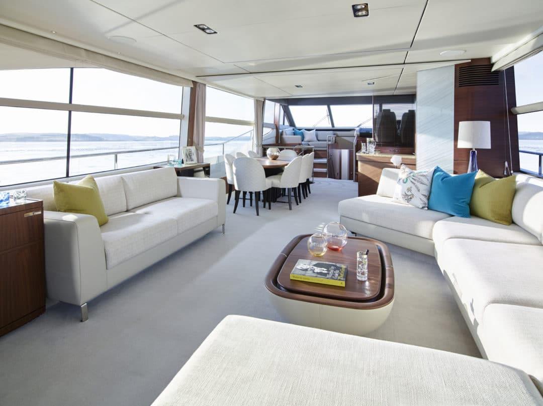 75-motor-yacht-interior-saloon-american-walnut-satin