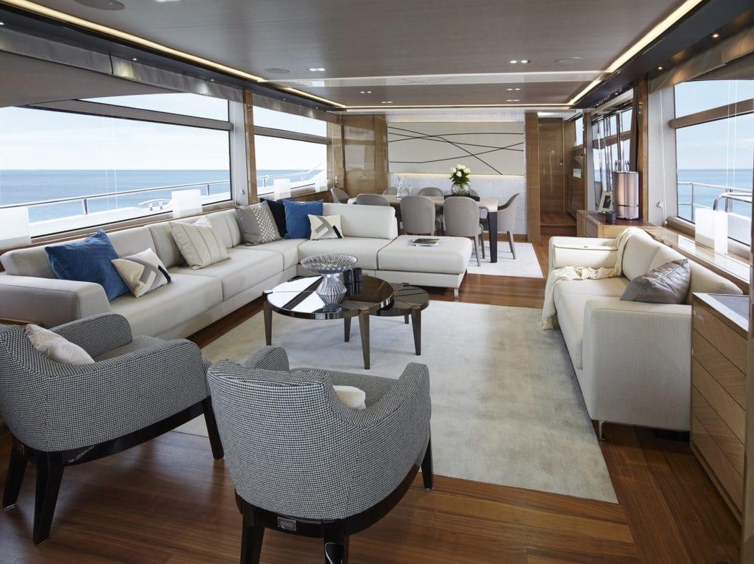 88-motor-yacht-interior-saloon-rovere-oak-gloss-fendi-casa