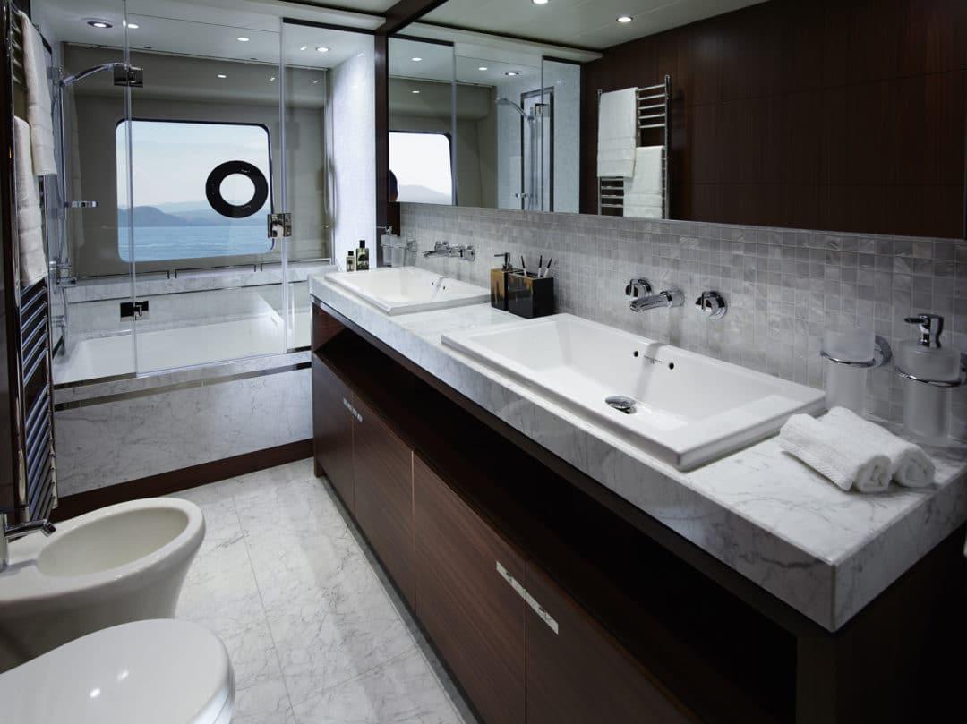 88MY Master Bathroom 2.jpg