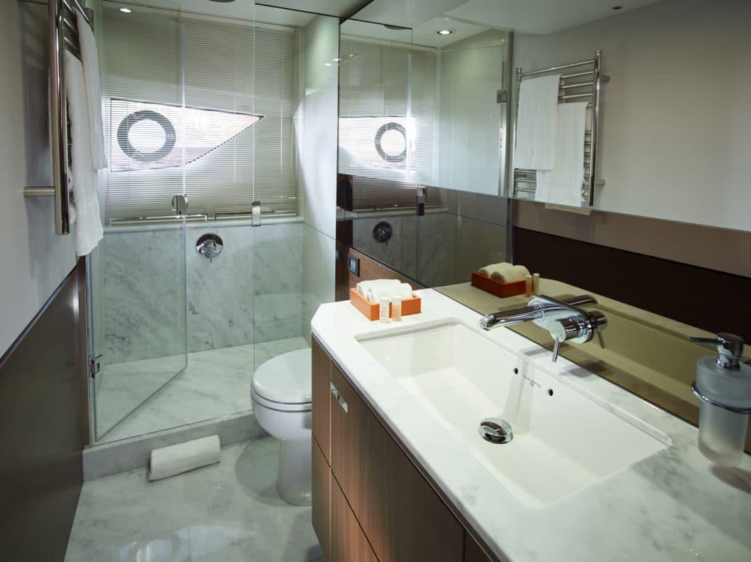 s65_master_bathroom_2