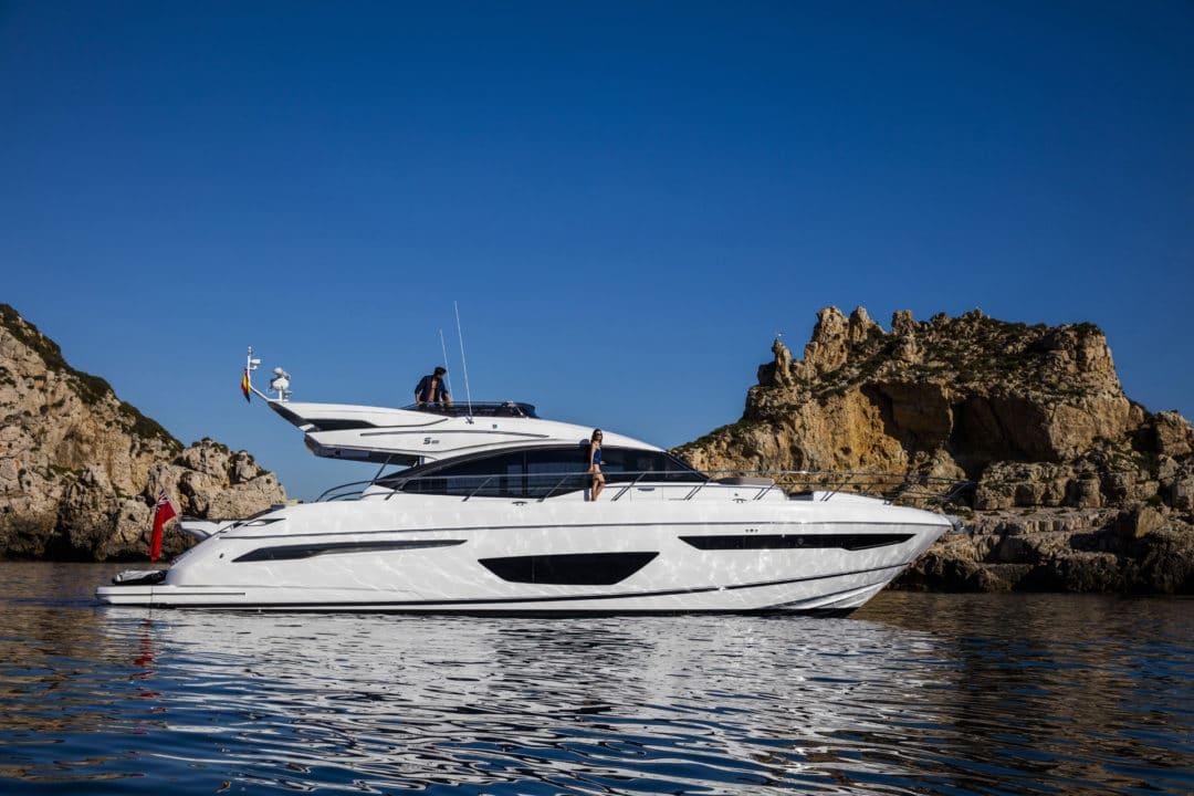 s65-exterior-white-hull-8