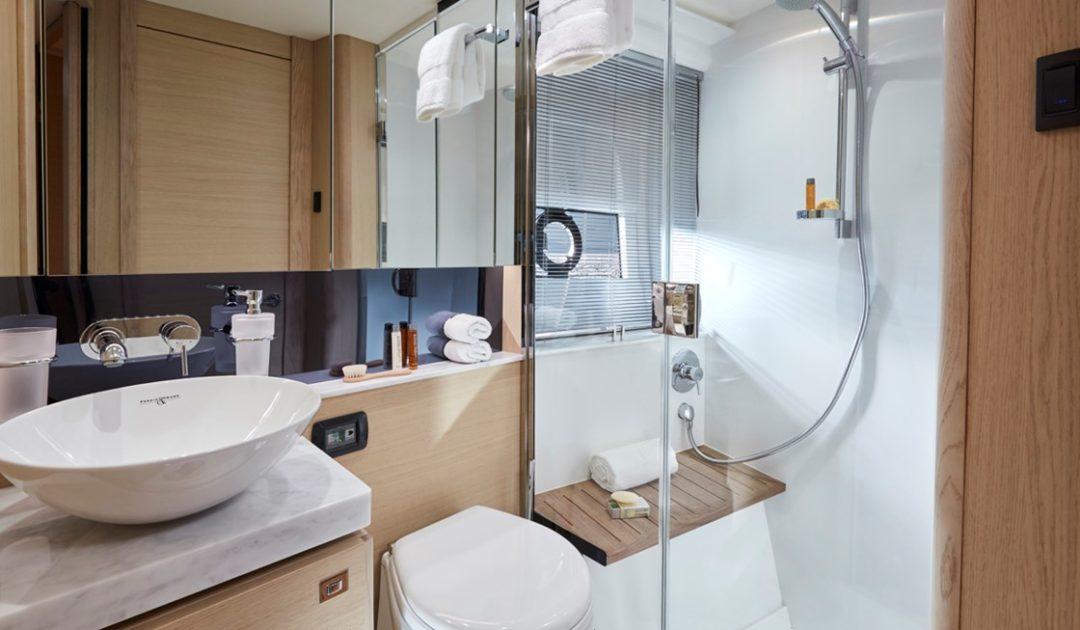 v40-bathroom-1-retouched