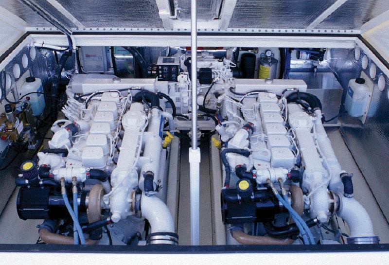 Albemarle-32-Engine