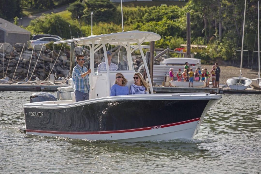 23-regulator-boat-maine-yacht-club