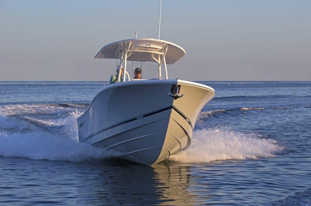 Regulator 25 Center Console | Bluewater Yacht Sales
