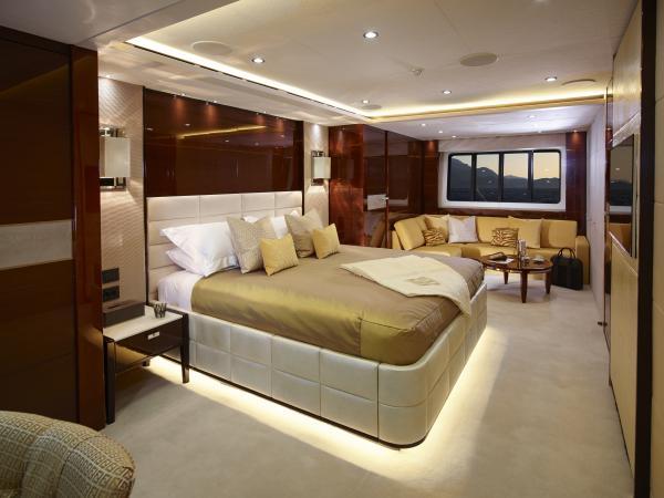 40M_Hull_4_Aft_VIP_Stateroom