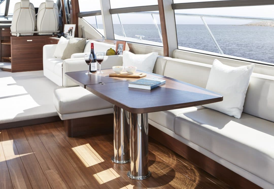 f70-interior-dining-area