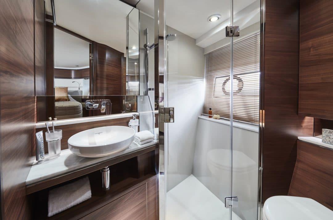 f70-interior-forward-cabin-bathroom