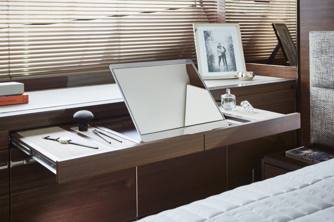 f70-interior-owners-stateroom-dressing-table