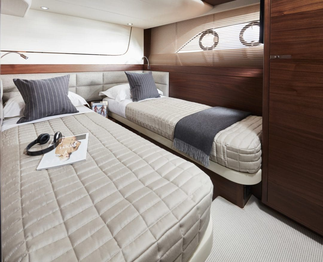 f70-interior-port-cabin