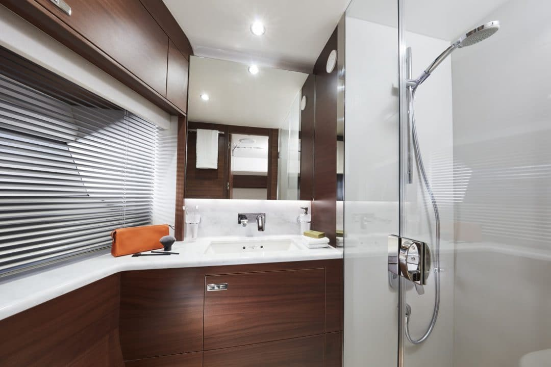 s78-interior-port-bathroom