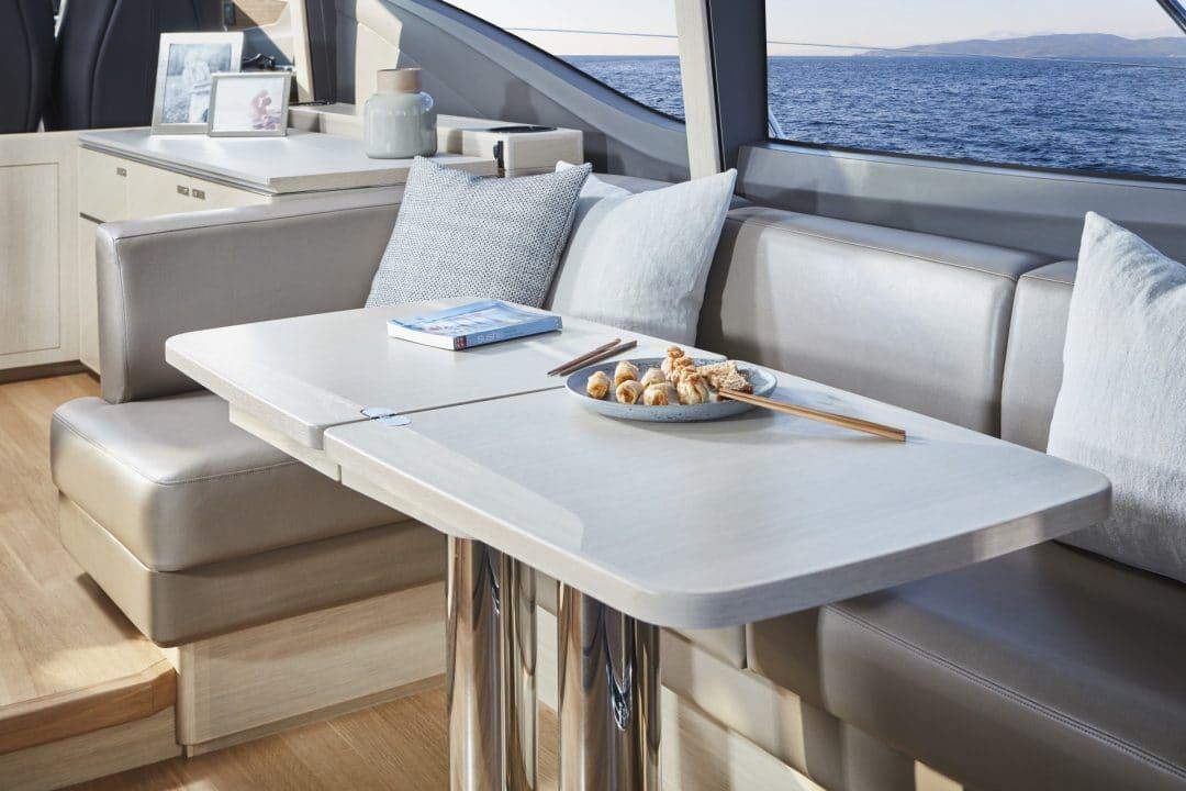 v60-interior-dining-area-alba-oak-satin