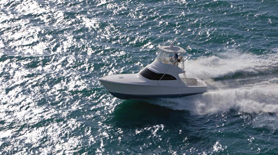 Viking's Newest Models Bring Big Boat Features to Smaller Convertibles