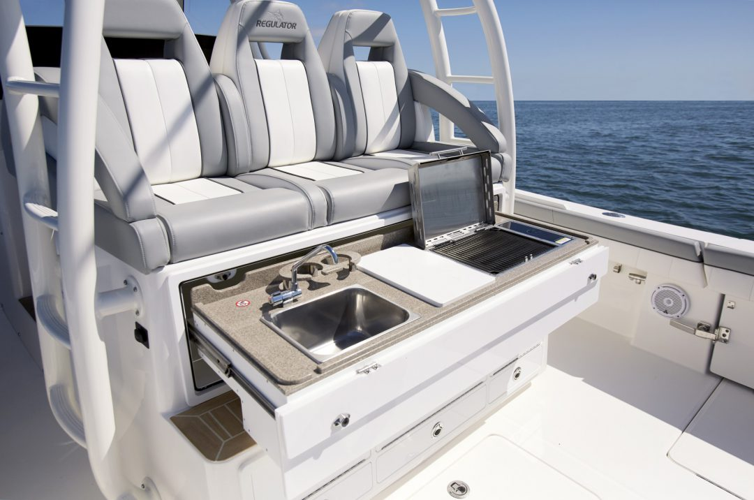 41-regulator-center-console-boat-cockpit-galley-grill