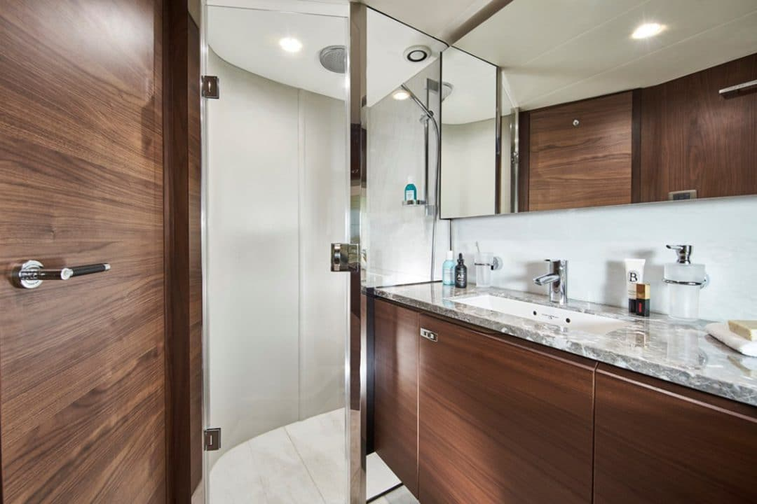 85my-forward-bathroom-1